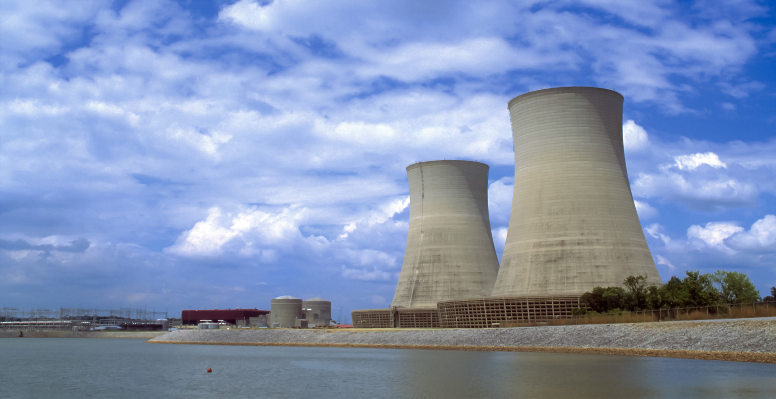 Sequoyah Nuclear Generating Station. Source: Wikimedia Commons